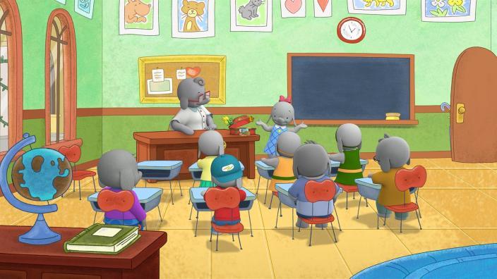 9a2652b4c60fee Ella stellt ihrer Klasse ihre 100 besonderen Dinge vor.