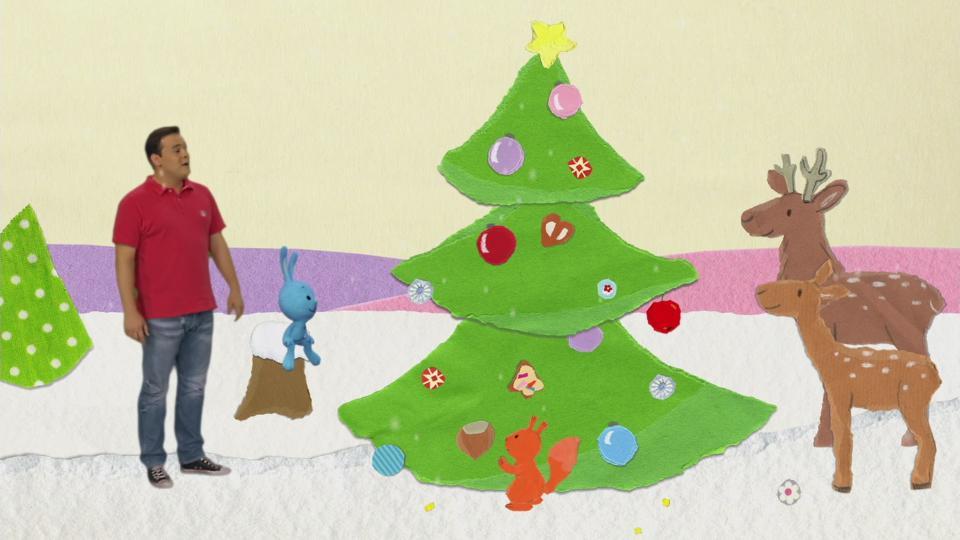 Tannenbaum Singen.Kika Ein Geschmückter Tannenbaum Im Weihnachtswald